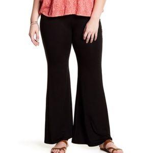 MELROSE & MARKET knit wide leg flare pants